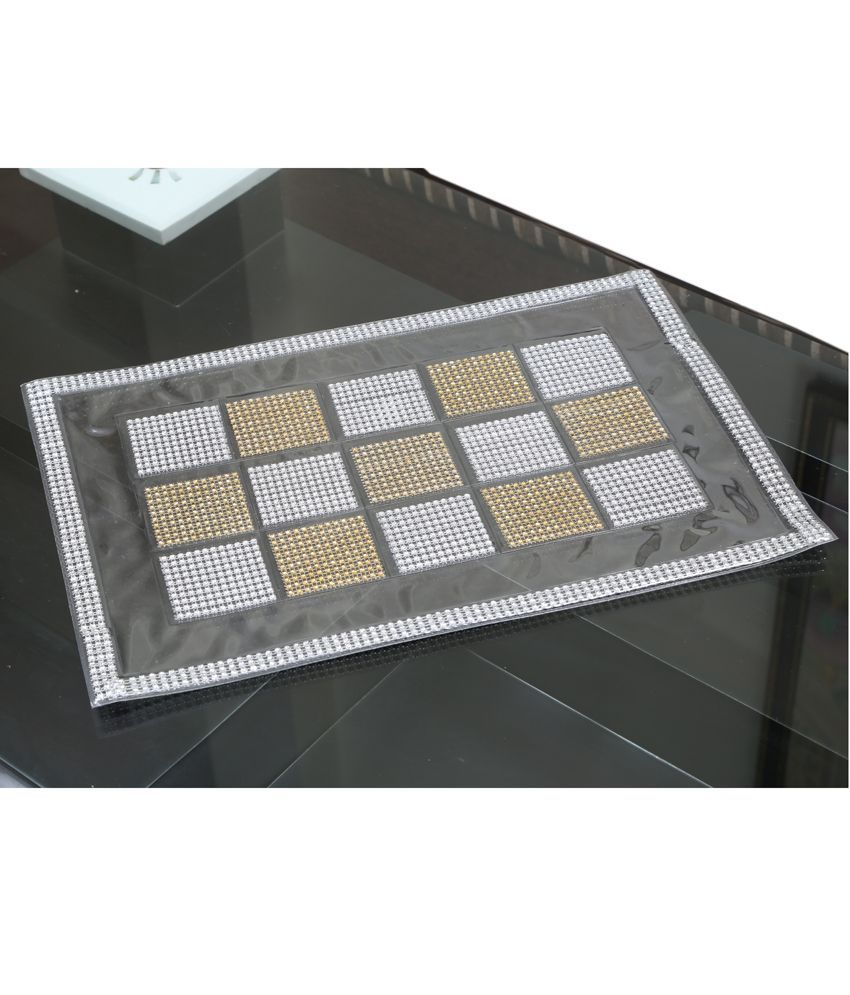 Dining Table Place Mats Set of 6 Pcs in laminated Patch Design
