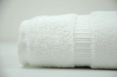 Kuber Industries Cotton Bath Towel 27*54 Inches (White)