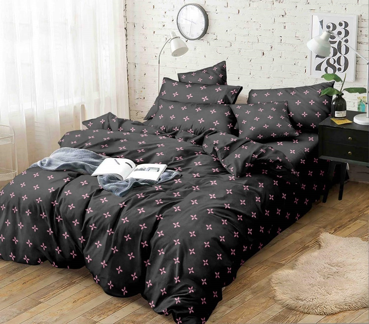 Kuber Industries Floral Design Glace Cotton Double Bedsheet with 2 Pillow Covers (Black)-CTKTC33165