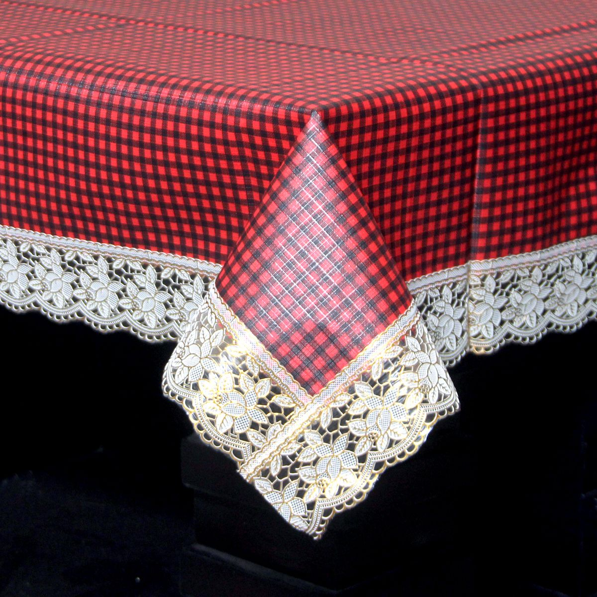 Kuber Industries™ Maroon Checkered Design Waterproof Dining Table Cover 6 Seater (60*90 inches) Golden Lace