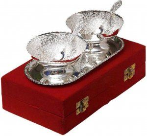 Kuber Industries Silver Plated 2 Bowls, 2 Spoons, 1 Tray Set with a Wooden Box (Silver)-CTKTC4429