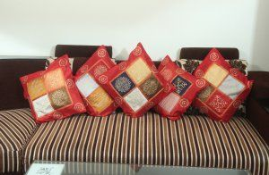 """Kuber Industries Premium Cushion Cover Set of 5 pcs ( 16*16 inches) Red """