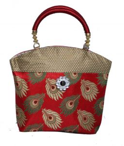 Handbag in stylish design in brocade